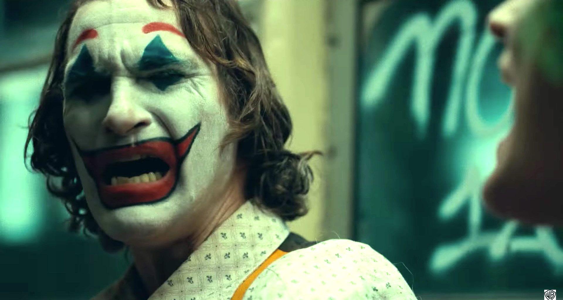 دانلود آهنگ فیلم جوکر به نام smile + متن ترانه